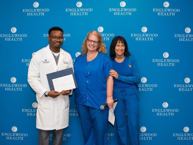 Dept of Medicine's Dr. Corina Cristescu and Dr. Phillip Kanemo Receive 'You Make the Difference' Award